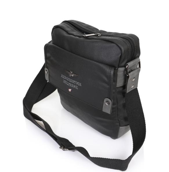 Τσάντα AERONAUTICA MILITARE 332 Μαύρο